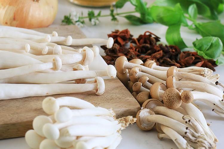 ingredients mushrooms onion and herbs